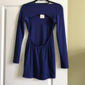 BRAND NEW Tobi long sleeve dress w/ back cutout